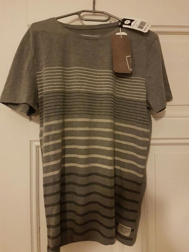 T-Shirt mit Streifen-Muster vorne von Tom Tailor